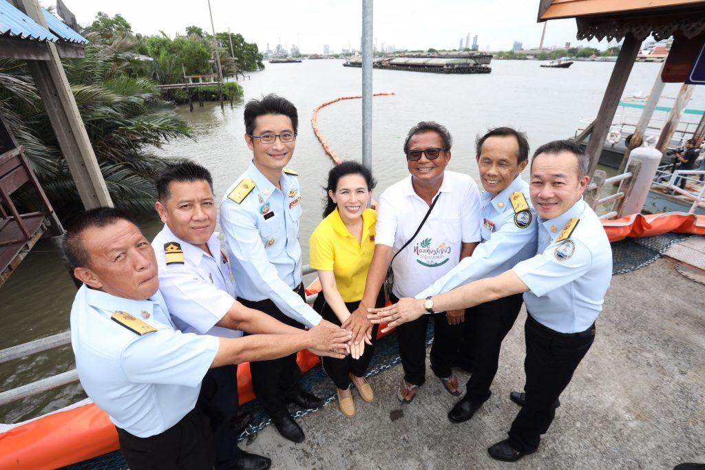 5 องค์กรรวมใจตั้งทุ่นกักขยะแม่น้ำเจ้าพระยา  แก้ปัญหาขยะลอยน้ำไหลสู่ทะเล