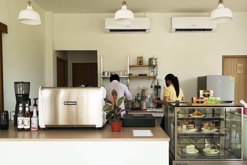 Sim'Ply Drugstore and Café
