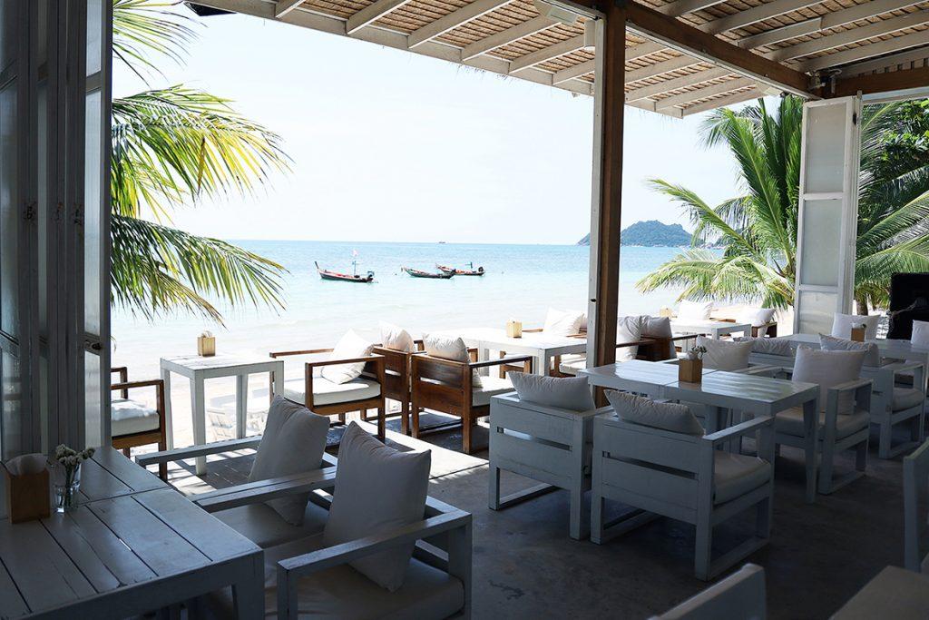 บรรยากาศริมหาด - Whitening Bar & Restauran