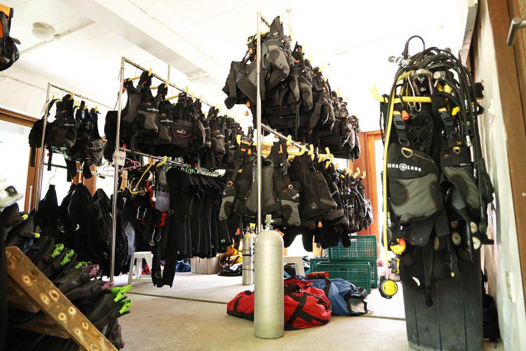 อุปกรณ์ดำน้ำ - ฝึกดำน้ำลึก Sairee Cottage Diving